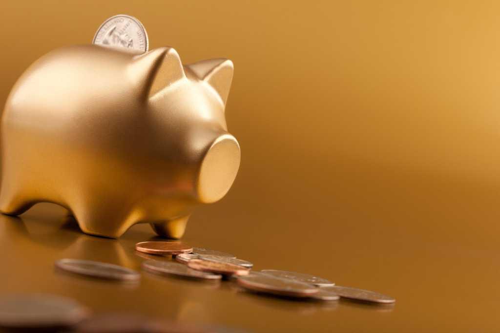 piggy bank finance gold
