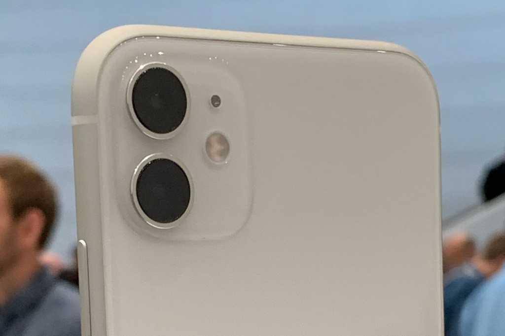 iphone 11 camera array