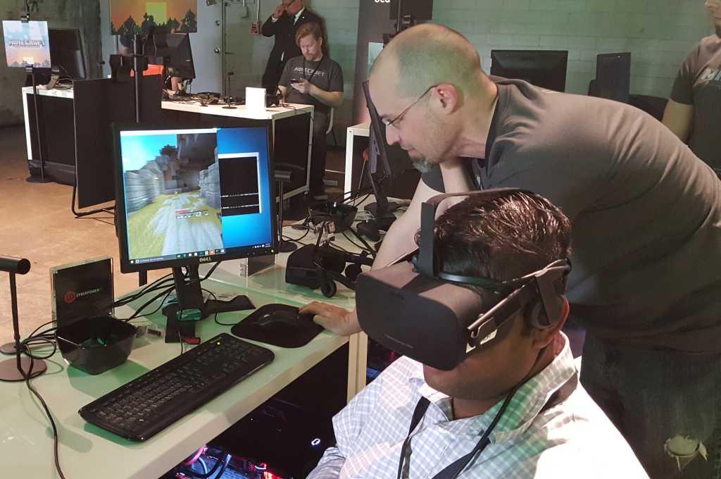 microsoft minescraft oculus rift feb 2016