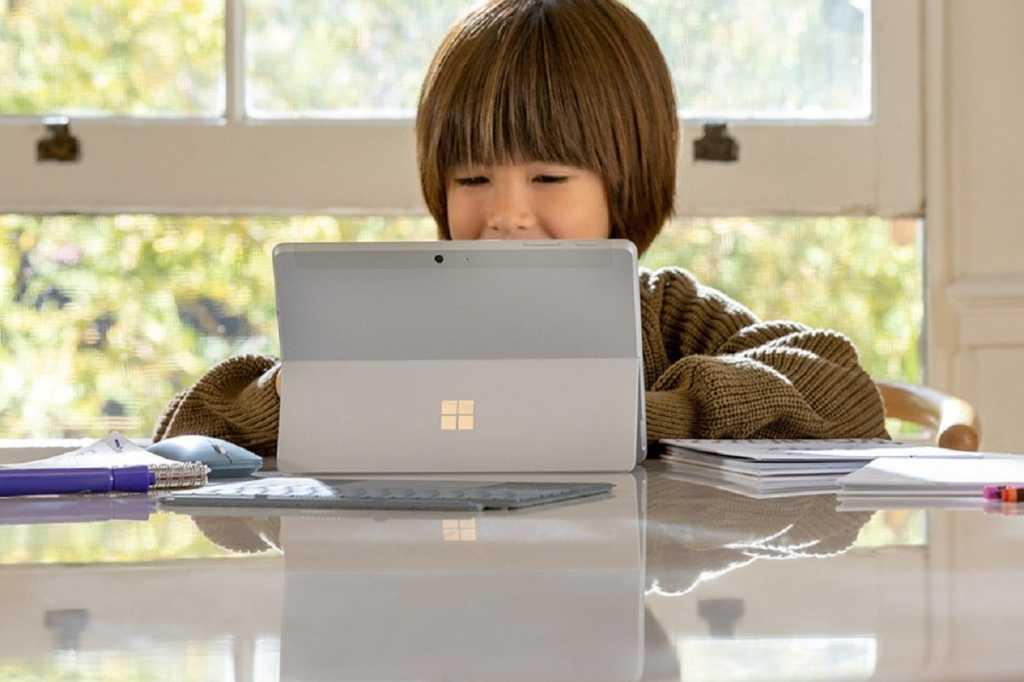 Microsoft surface go 2 kid